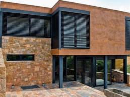 installation brise-soleil haut de gamme villa cannes