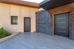 porte de garage moderne sur-mesure